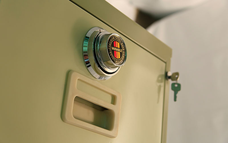 راهنمای استفاده از قفل های رمزدار- فایل های فلزی کشویی رمزی