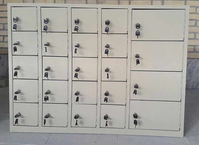 مصارف مختلف کمد های کوچک قفل دار فلزی با عنوان جاموبایلی